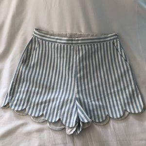 💫sale!💫English Factory Scalloped Shorts